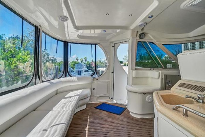 2006 Sea Ray 40 Motor Yacht Photo 15 of 43