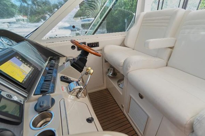 2006 Sea Ray 40 Motor Yacht Photo 19 of 43