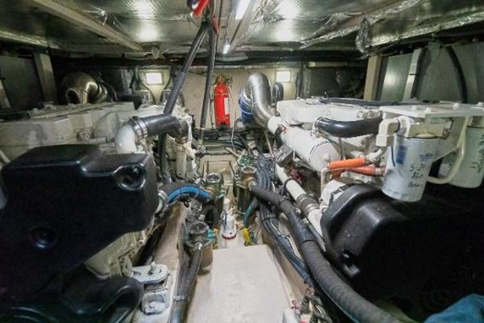 2006 Sea Ray 40 Motor Yacht Photo 38 of 43