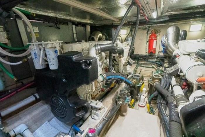 2006 Sea Ray 40 Motor Yacht Photo 40 of 43