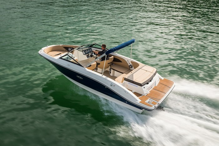2019 Sea Ray SPX210 4.5L MPI A1 250CV Photo 2 sur 9