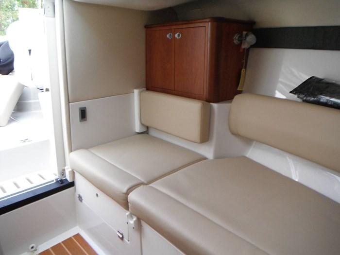 2010 Monterey 254 FSX Cuddy Photo 25 of 32