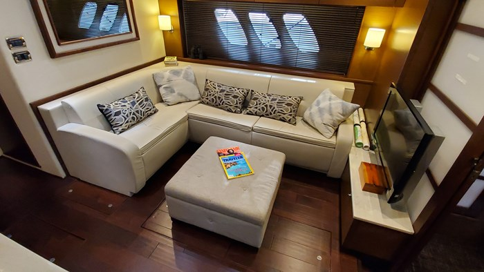 2012 Sea Ray 540 Sundancer Photo 7 sur 26