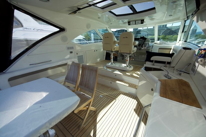 2012 Sea Ray 540 Sundancer Photo 17 sur 26