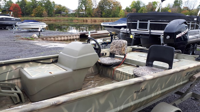 2010 Tracker Grizzly 1754 60 Mercury 4 stroke EFI Custom Bun... Photo 11 of 14