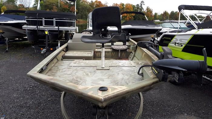 2010 Tracker Grizzly 1754 60 Mercury 4 stroke EFI Custom Bun... Photo 12 of 14