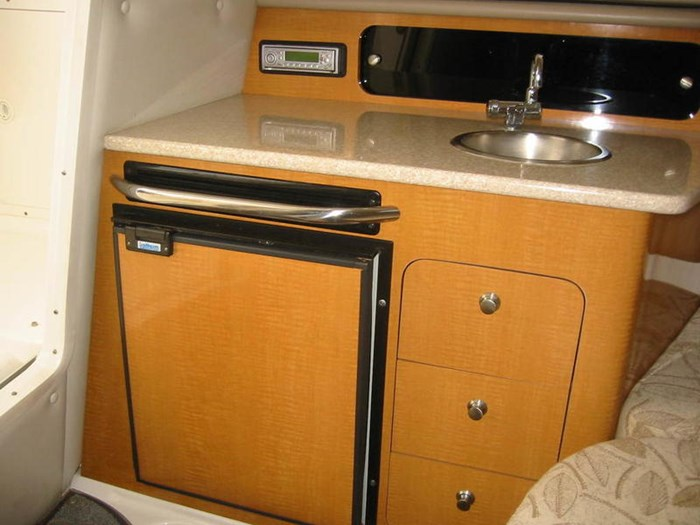 2006 Robalo R245 HT Photo 11 of 13