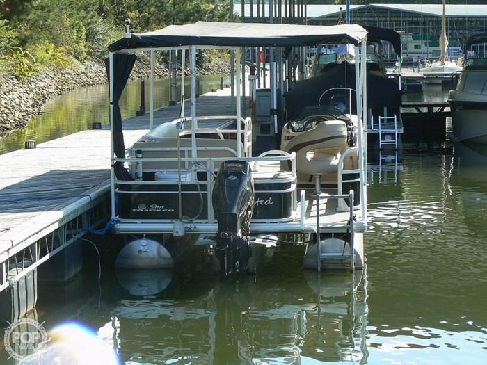 2017 Tracker 20 Fishin Barge 211 Photo 10 sur 20