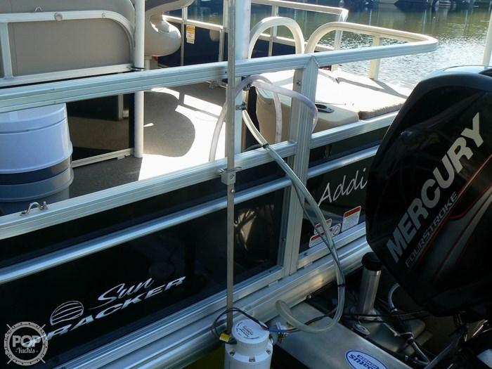 2017 Tracker 20 Fishin Barge 211 Photo 18 sur 20