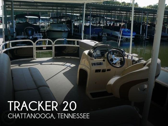 2017 Tracker 20 Fishing/Camping 211 Photo 1 sur 20