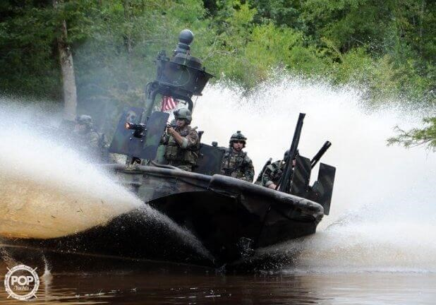 2007 United States Marine Special Operations Craft Riverine Photo 11 sur 20