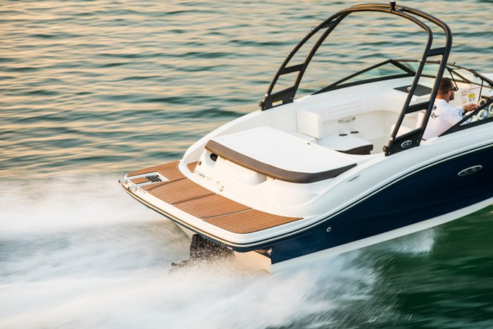 2019 Sea Ray SPX190 4.5L MPI A1 200CV Photo 2 sur 6