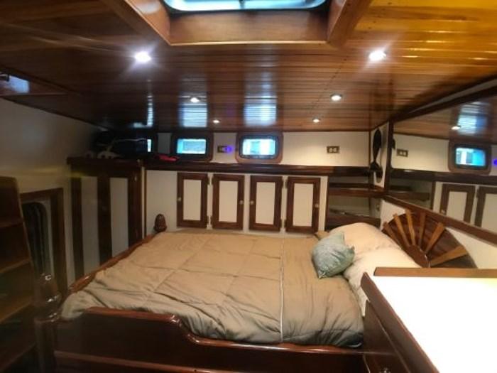 2013 Seaton Pilot House Trawler Photo 34 sur 42