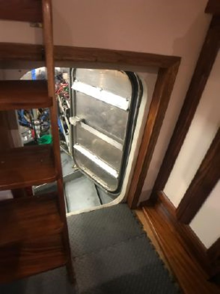 2013 Seaton Pilot House Trawler Photo 38 sur 42