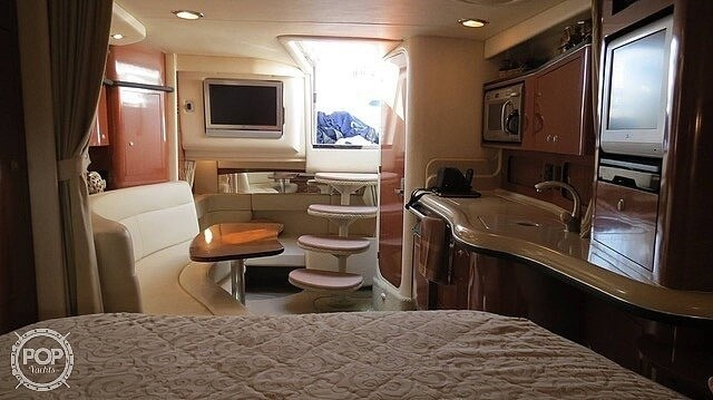 2005 Sea Ray 320 Sundancer Photo 2 sur 20
