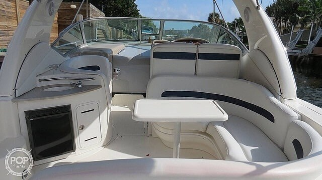 2005 Sea Ray 320 Sundancer Photo 19 sur 20