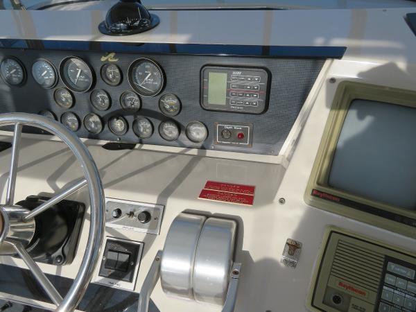 1988 Sea Ray 430 Convertible Photo 44 sur 122