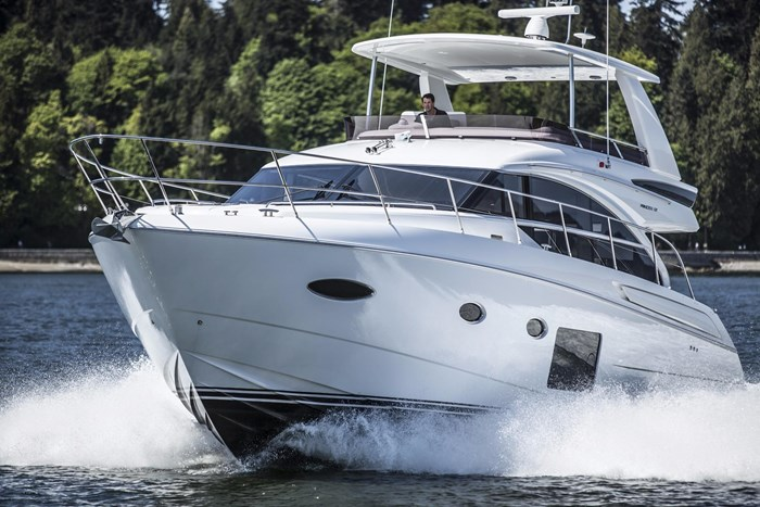 2015 Princess 52 Flybridge Photo 3 sur 63