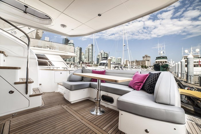 2015 Princess 52 Flybridge Photo 6 sur 63