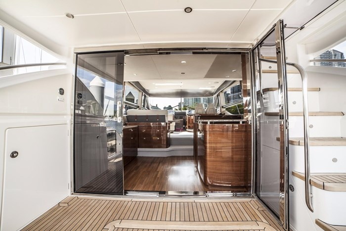 2015 Princess 52 Flybridge Photo 10 sur 63