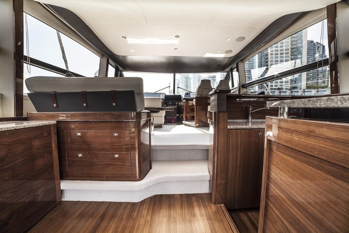 2015 Princess 52 Flybridge Photo 14 sur 63