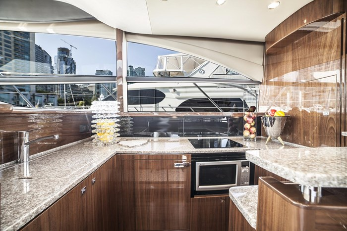 2015 Princess 52 Flybridge Photo 15 sur 63