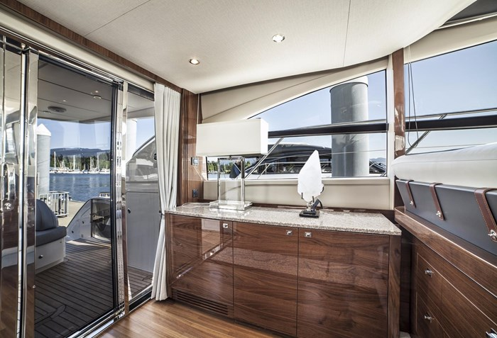 2015 Princess 52 Flybridge Photo 16 sur 63