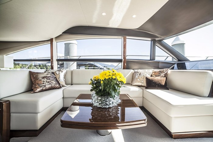 2015 Princess 52 Flybridge Photo 19 sur 63