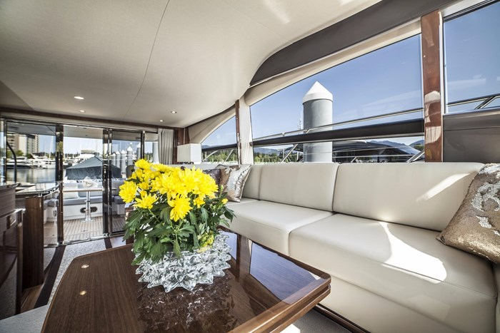 2015 Princess 52 Flybridge Photo 20 sur 63