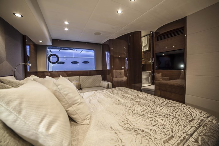 2015 Princess 52 Flybridge Photo 29 sur 63