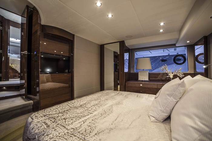2015 Princess 52 Flybridge Photo 30 sur 63