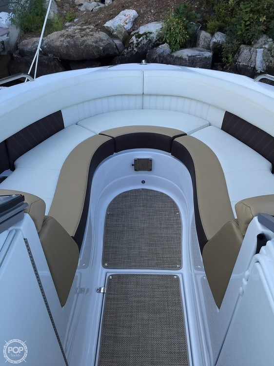 2015 Cruisers Yachts Sport Series 258 BR Photo 13 sur 21