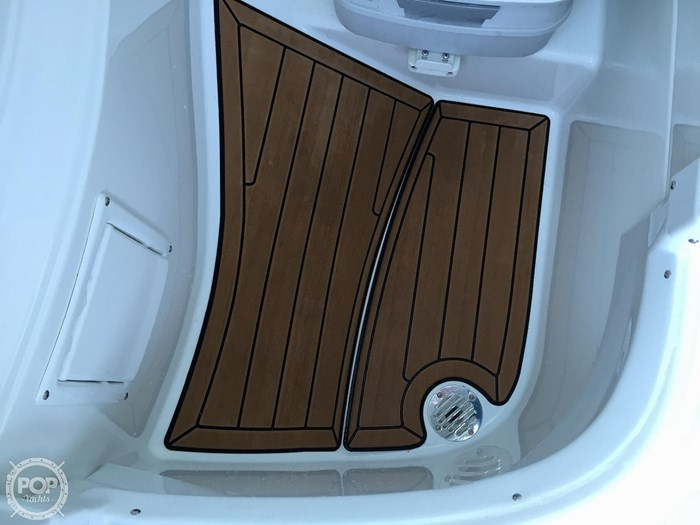 2015 Cruisers Yachts Sport Series 258 BR Photo 20 sur 21