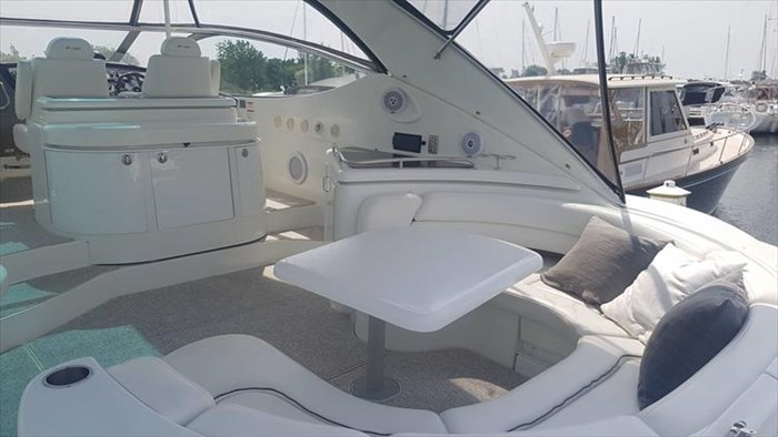 2008 Cruisers Yachts 560 Express Photo 5 sur 66