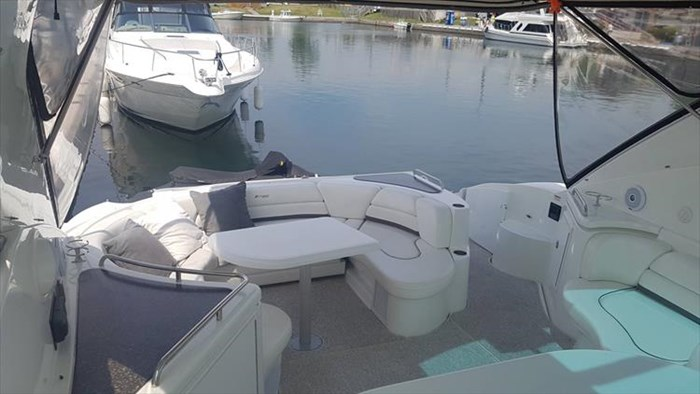 2008 Cruisers Yachts 560 Express Photo 11 sur 66