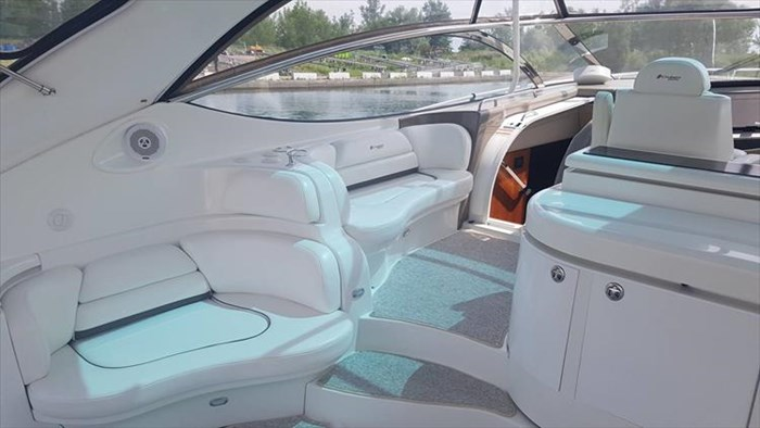 2008 Cruisers Yachts 560 Express Photo 15 sur 66