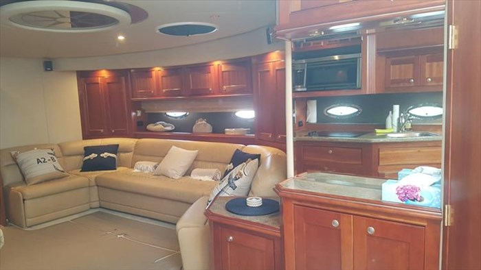 2008 Cruisers Yachts 560 Express Photo 29 sur 66
