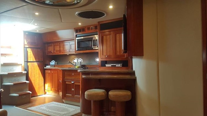 2008 Cruisers Yachts 560 Express Photo 31 sur 66