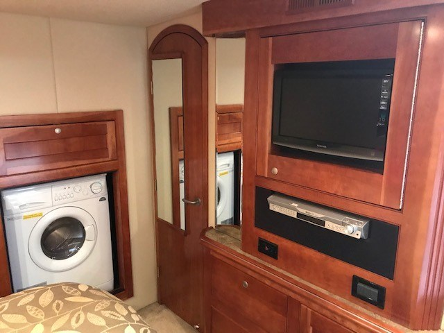 2008 Cruisers Yachts 560 Express Photo 51 sur 66