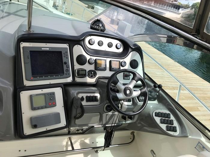 2007 Cruisers Yachts 520 Express Photo 47 of 63
