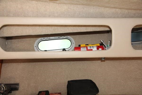 1990 Bayliner 3888 Motoryacht Photo 46 of 105
