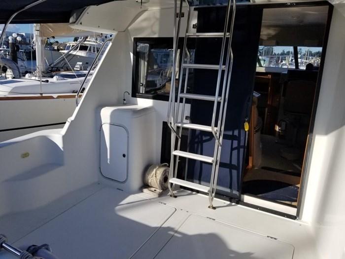 2000 Bayliner Command Bridge Motoryacht Photo 8 of 51