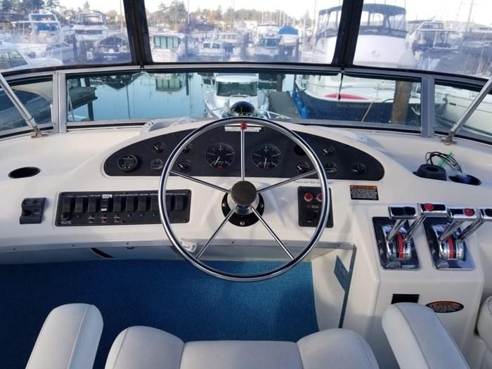2000 Bayliner 3388 Command Bridge Motoryacht Photo 39 sur 51