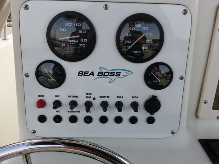 2005 SEA BOSS 210 CC Photo 7 of 17