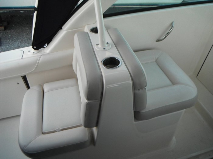2014 Pursuit DC 265 Dual Console Photo 19 of 23
