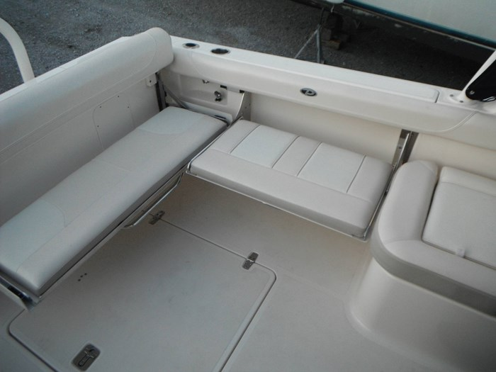 2014 Pursuit DC 265 Dual Console Photo 22 of 23
