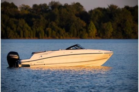 2020 Bayliner VR5 Bowrider Photo 7 of 34