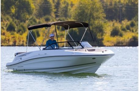 2020 Bayliner VR5 Bowrider Photo 5 of 34
