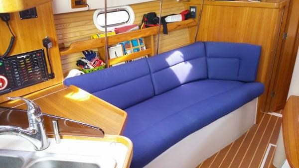 2008 Catalina 320 MkII Photo 26 of 34