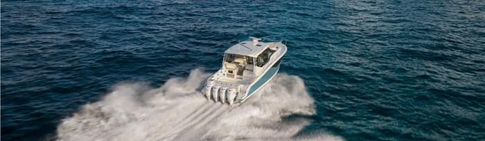 2020 Boston Whaler 405 Conquest Photo 7 sur 19